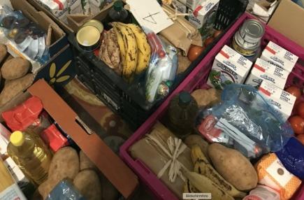 Essenspakete für Menschen in Not in Mallorca (Foto: Beatrice Frigo)