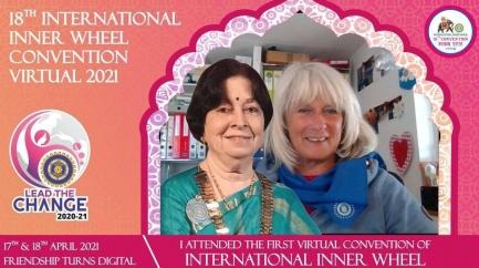 Selbst Selfies mit der Inner Wheel Weltpräsidentin Bina Vyas waren möglich. Hier im Bild mit Catherine Ineichen, RN der Schweiz.